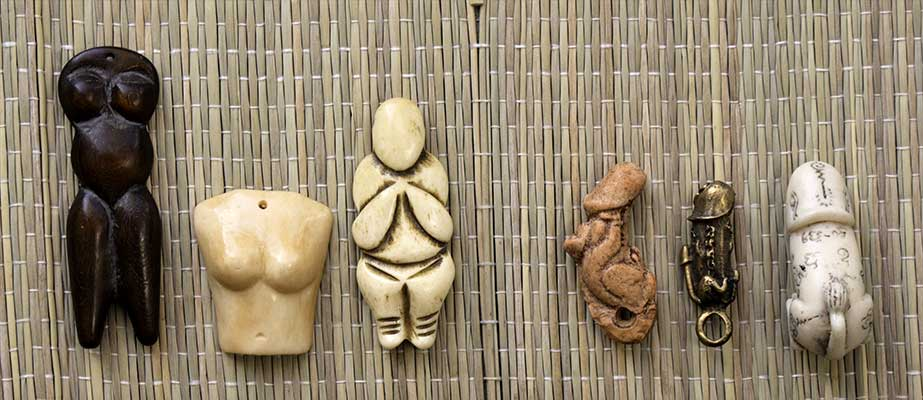 Male and female pieces