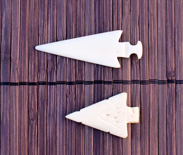 Arrowheads carved from bone