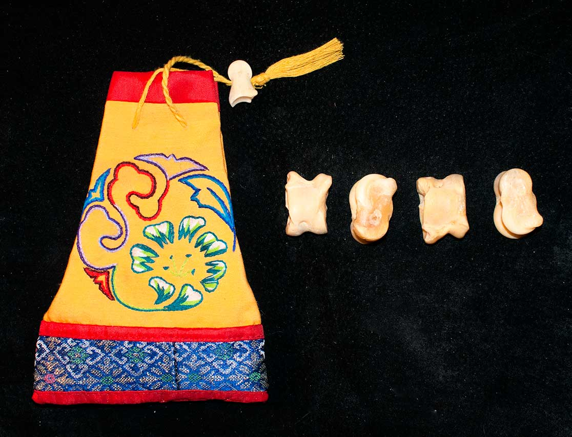 Mongolian Shagai