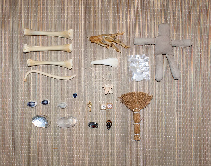 ritual-witch-bone-reading-set-2