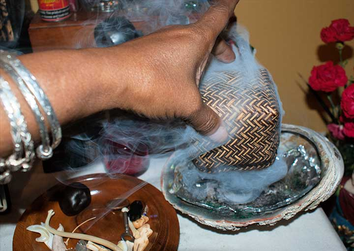 Smudging the container