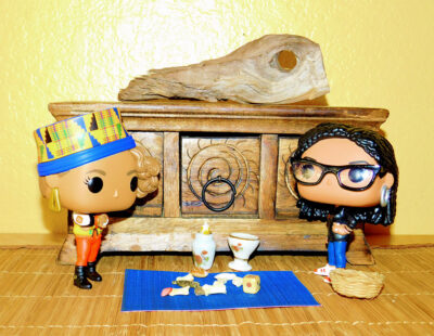 FunkoPop Pepa and Ava DuVernay getting a reading